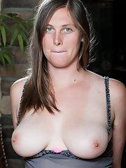 Nude girl in super tight yoga pants