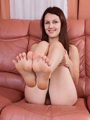 Sexy feet and vagina